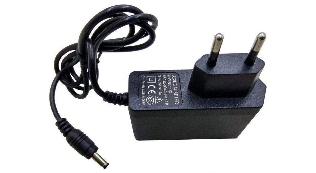 آداپتور 12 ولت 1 آمپر کد 1210